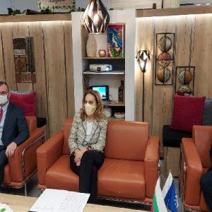 Безопасността на летището, визовия режим с Русия и Израел и нови тенденции в пътуванията обсъди министър Николова в Бургас