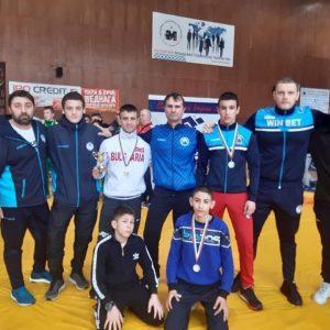 Борците от Черноморец отново донесоха медали на Бургас