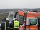 Двама мъже се борят за живота си в Бургас след тежка катастрофа, автомобилът избухнал в пламъци след удара!