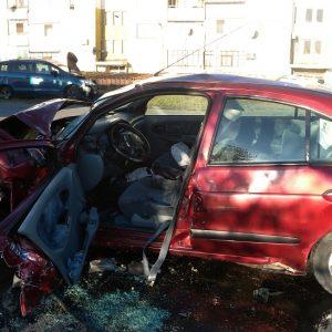 Двама ранени след катастрофа на кръстовище в Средец