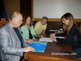 """""""Демократична България"""" се регистрира за изборите в Бургас с амбиция за преминаване в по-горен клас"""