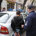 Ученик задигна лотарийни билети от магазин в Бургас, вместо късмет получи белезници