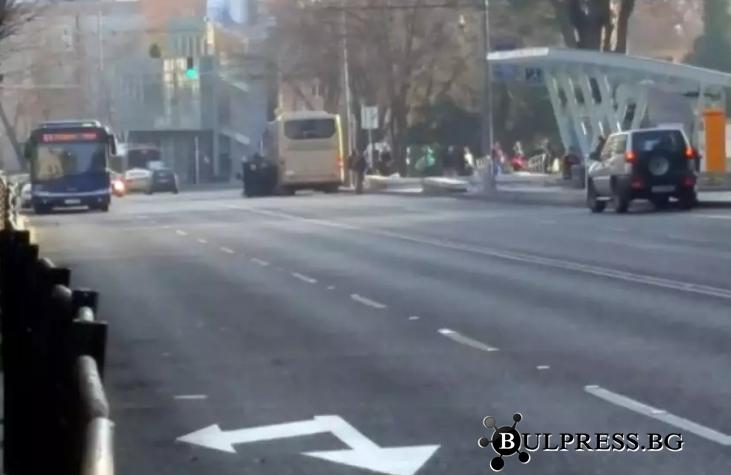 Шофьор блъсна мъж до Операта и избяга, 17 катастрофи през денонощието в Бургас