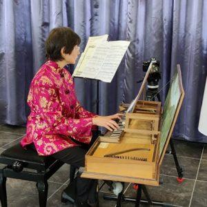 Не пропускайте концерта на бургазлийката Цветана Иванова тази вечер. Може да го гледате онлайн във Фейсбук